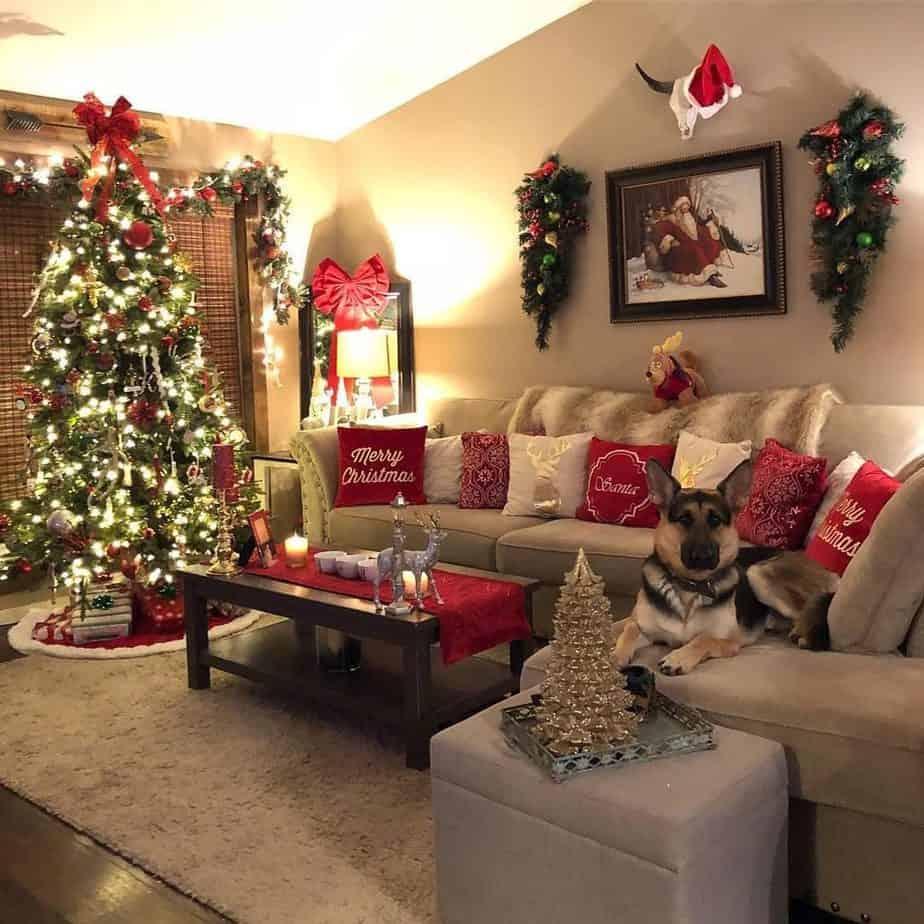 17 Magical Christmas Living Room Decor Ideas to Recreate ...